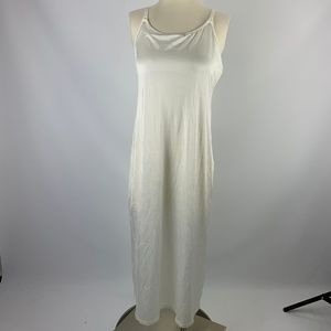 "Vanity Fair White Long Slip Medium 32"" 10-022"